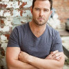 Australian actor Sullivan Stapleton suffers serious injury in Thailand  Read more