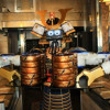 A Japanese restaurant in Thailand who use Samurai robots as staff!