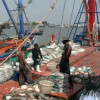 Fishing vessels threaten to stop fishing next month