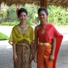 PM urges public to wear Thai clothes for Mother's Day