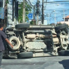 Fortuner flips at Bophut traffic lights