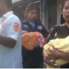 Samui rescue proudly deliver twins in a car in Maenam