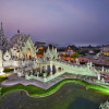 White Temple to Charge Foreign Visitors