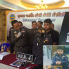 Dressed to impress – as a cop with all the trimmings! Police impersonator arrested in Bangkok