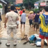 Tourists evacuated from riverside resorts in Pai district as flash flood sweeps through