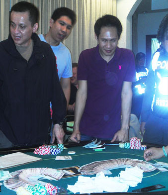 Police arrest 9 foreign nationals for gambling | Samui Times