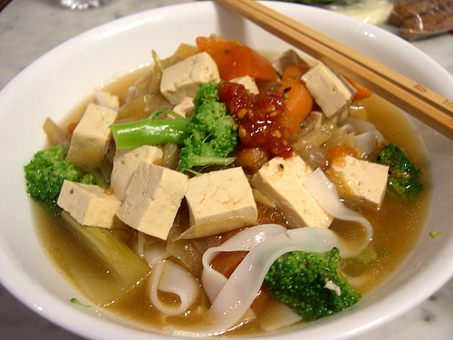 Thai Tofu Noodle Soup with Lemongrass | Samui Times