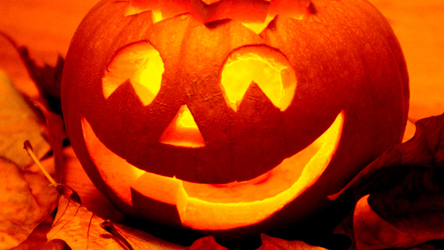 A few facts about Halloween | Samui Times