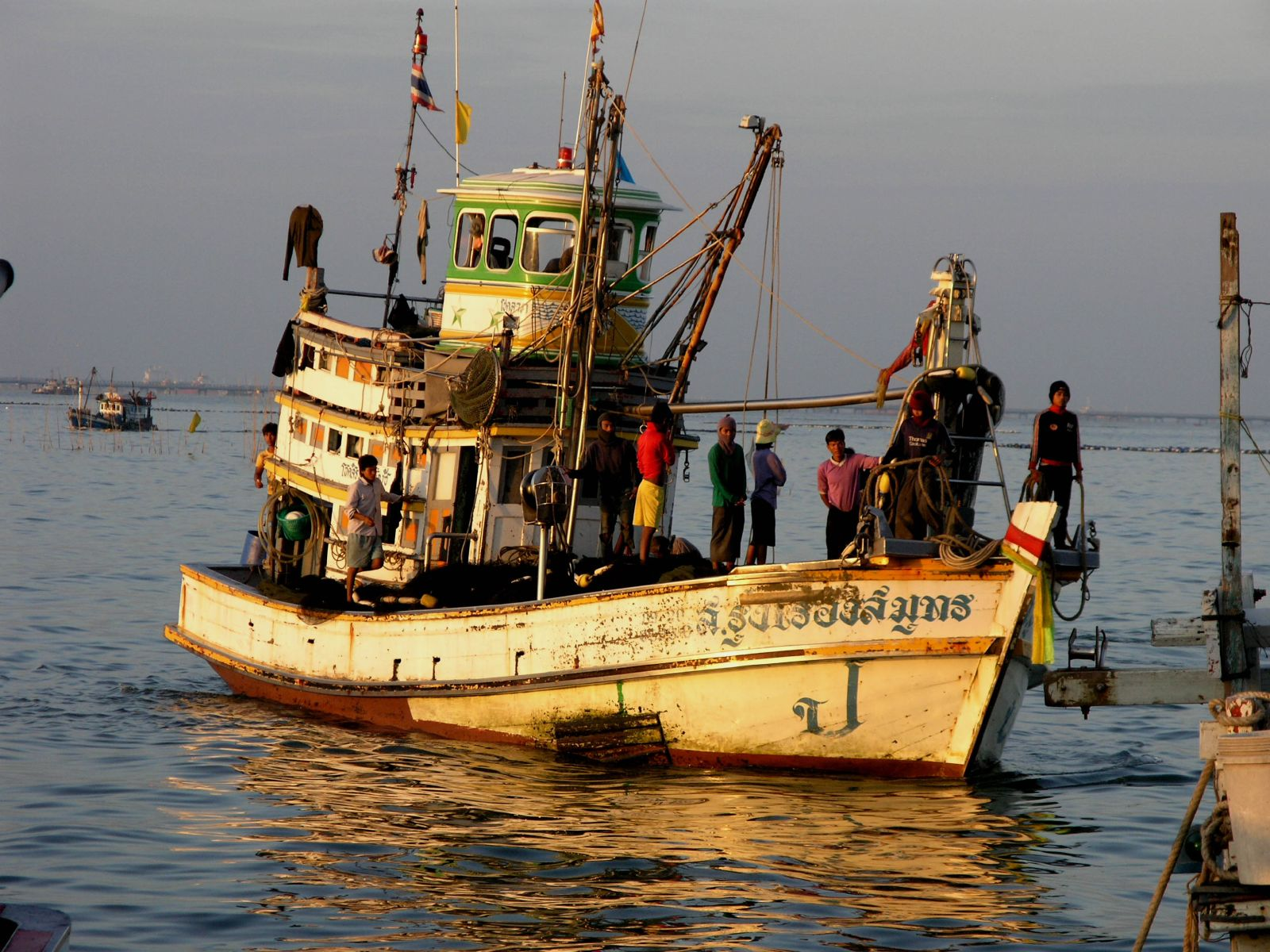 Myanmar to collect data to rescue trafficked workers on Thai fishing boats | Samui Times