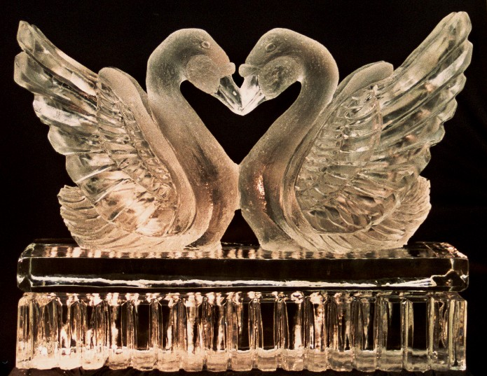 Add some magic to your next party with Samui Ice Carvings | Samui Times