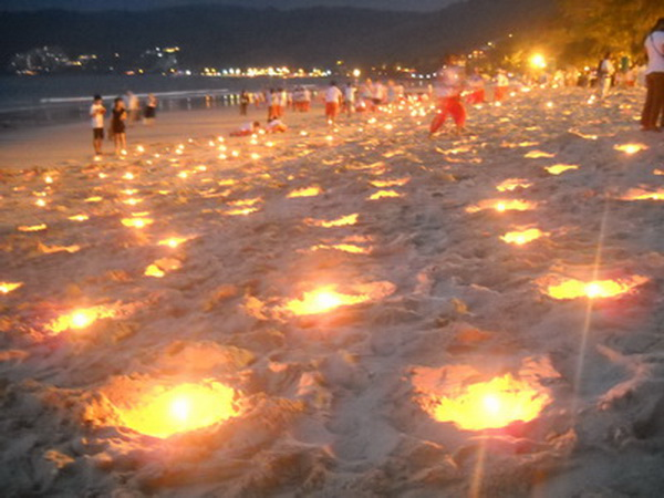 Ceremony to remember the victims of the Tsunami | Samui Times