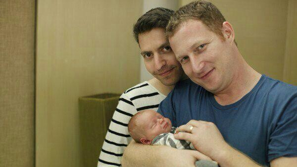 65 surrogate babies born to Israeli gay couples stuck in Thailand | Samui Times