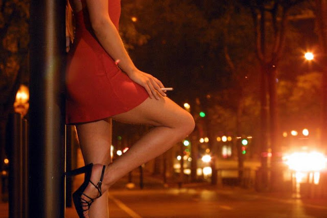 Bangkok's seedy side – where sex with an 83 year old and a young boy is available on the street for 300 baht | Samui Times