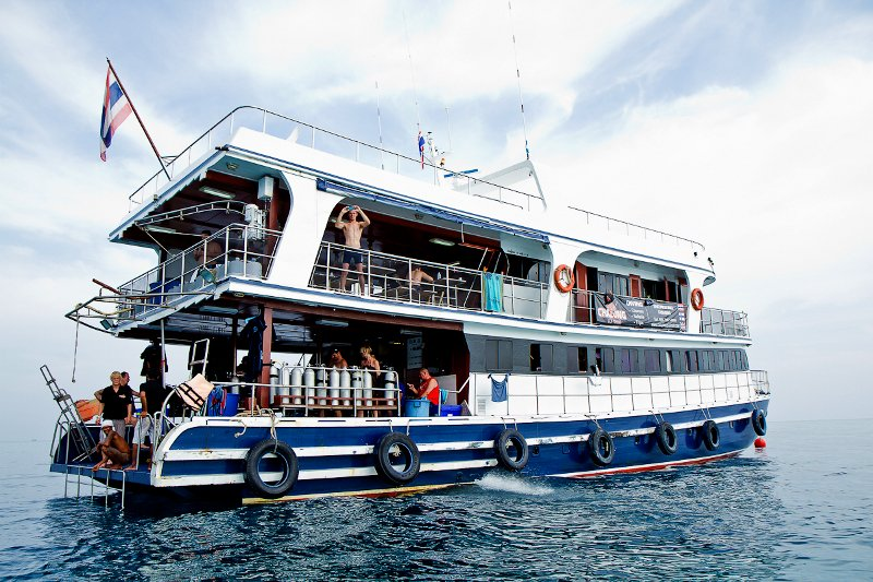 2nd dive boat sinks in the andaman samui times for Andaman healthy thai cuisine