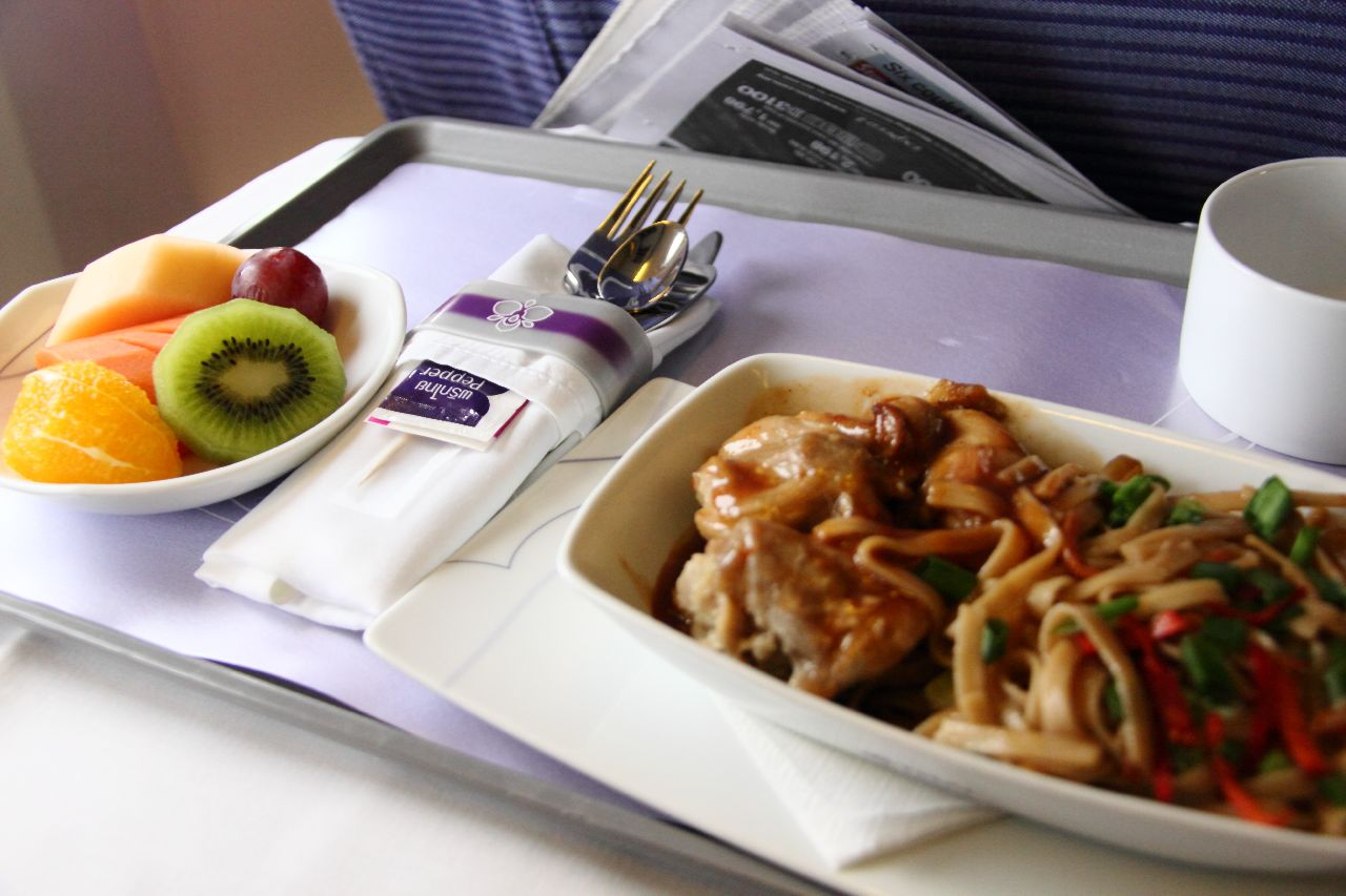 THAI airlines to replace steel cutlery with plastic after in flight brawl | Samui Times