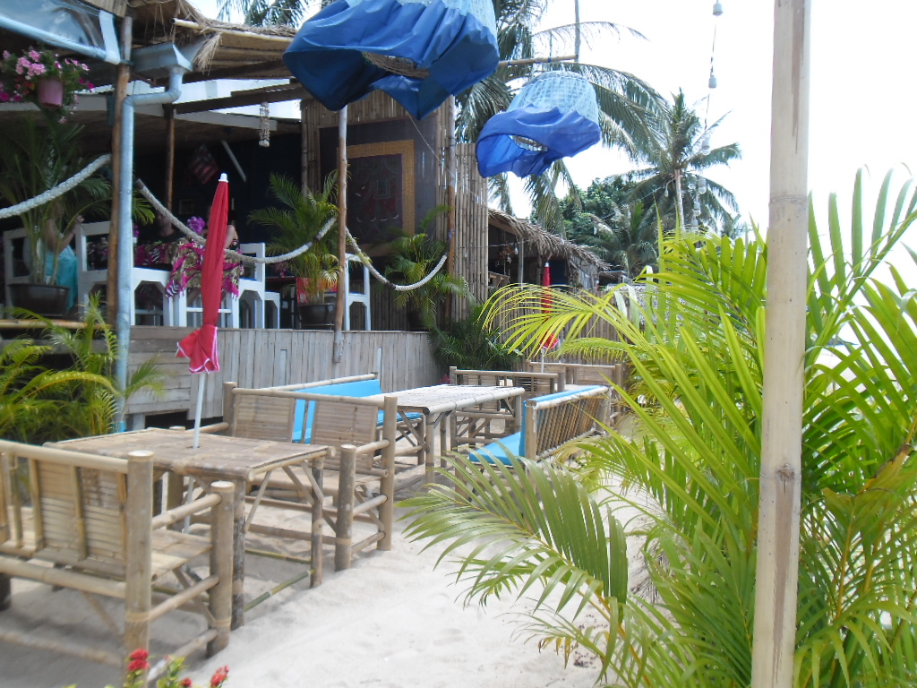 The Island Hoppers Beach Club has a whole new look, a new menu and a new name | Samui Times