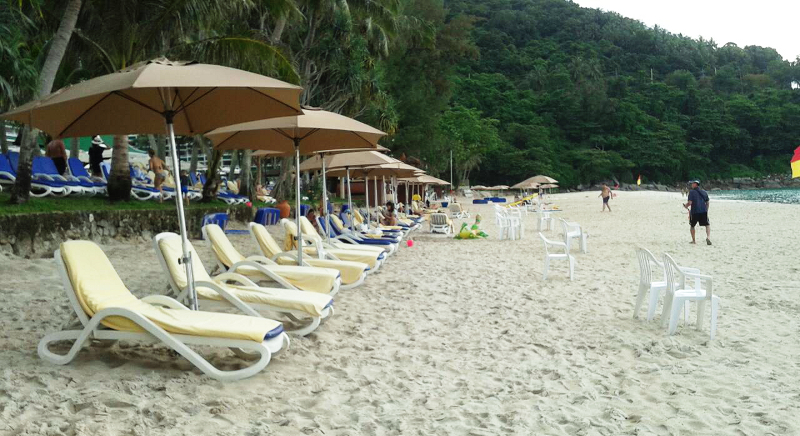 Mèridien Phuket moves sun loungers off the beach | Samui Times