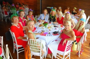 sisters on Samui xmas lunch