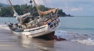 storm beaches boat in Phuket