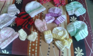 knitting for charity in Samui