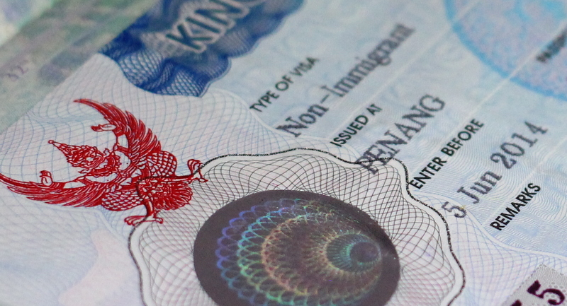 Govt approves 10 year visas for foreigners over 50 | Samui Times