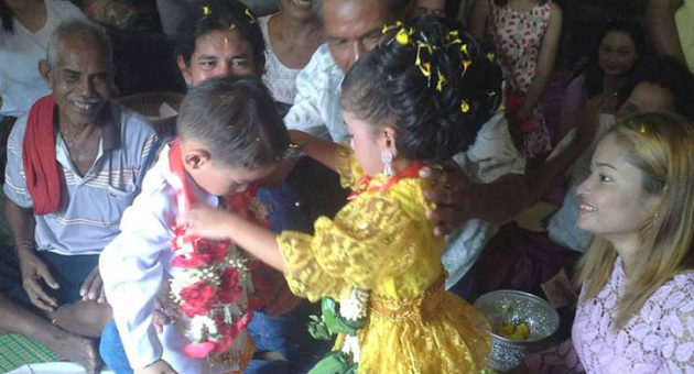 Thailand Only: Three year old twins get married, make amazing recovery from illness | Samui Times