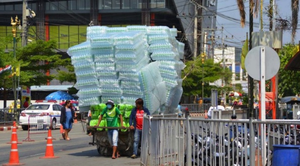 100,000 litres of bottled water going across the border to Cambodia every day | Samui Times