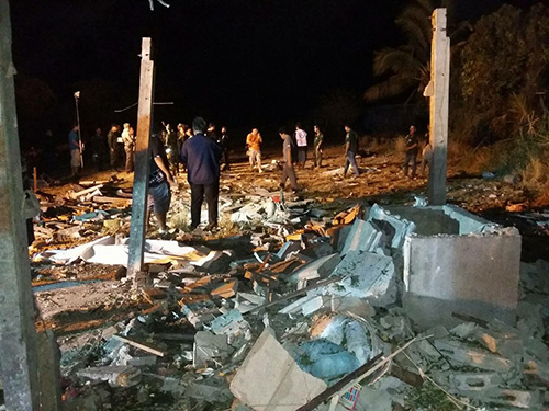 Six Burmese workers blown up at firework factory in Suphanburi house | Samui Times