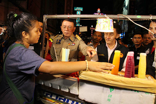 Foreign juice vendors inspected in Chinatown swoop   Samui Times