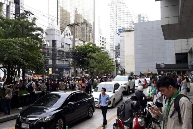Bangkok's high rises shaken by 6.8 magnitude earthquake in central Myanmar | Samui Times