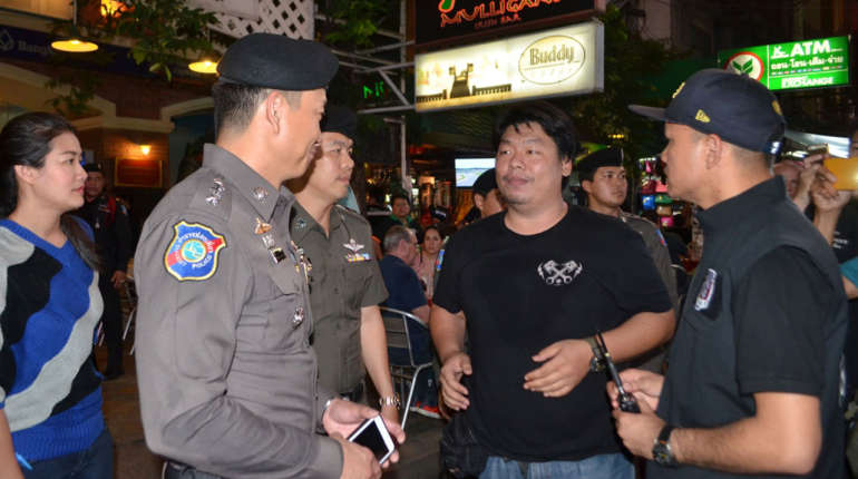 Khao Sarn Road beating: British tourists get compensation, Thai bouncers jail | Samui Times