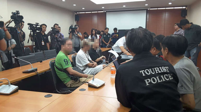 Chinese businessman thanks Thai police for rescuing him from his own mafia | Samui Times