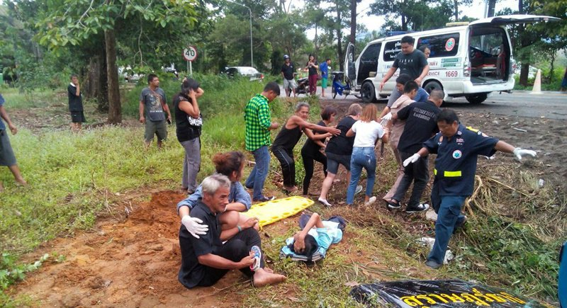 One dead, twenty injured in Surat Thani-Phuket bus crash | Samui Times