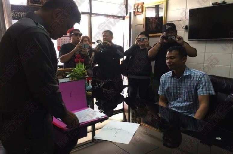 """Husband hired double murderer to """"necklace"""" his wife, say Chiang Mai police 