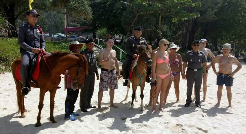 Phuket police mount horses for tourists' safety | Samui Times