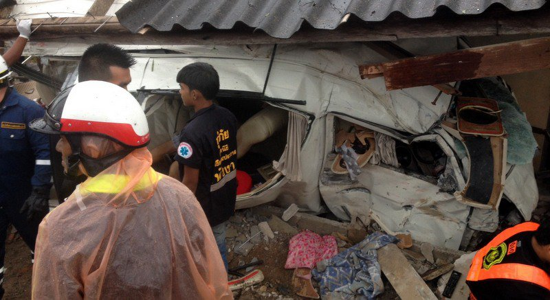 Phuket visa run van wipeout: 3 dead, 7 injured | Samui Times