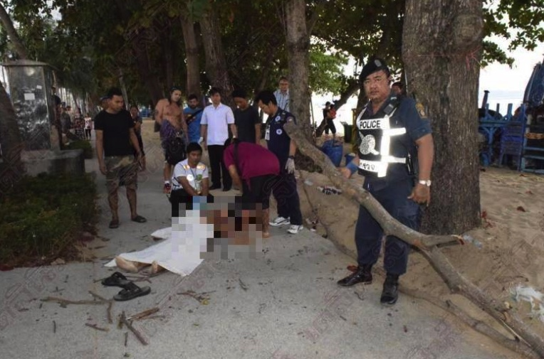 Italian killed by falling branch while out for a walk on Jomtien beach | Samui Times