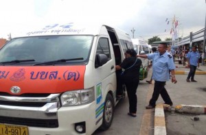 Public vans told to carry no more than 13 passengers | News by Samui Times