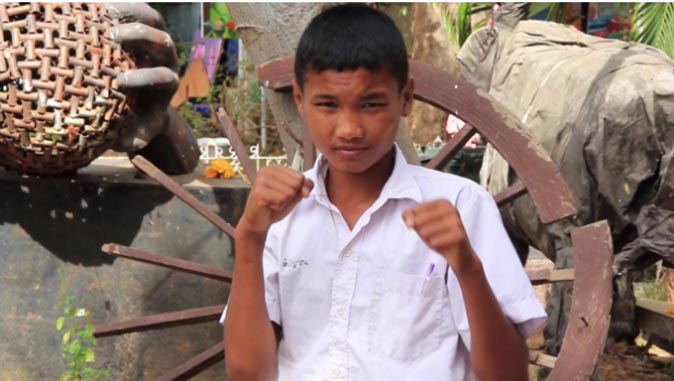 Orphaned teen boxer receives 70k baht donation, with help of English teacher and Facebook | Samui Times