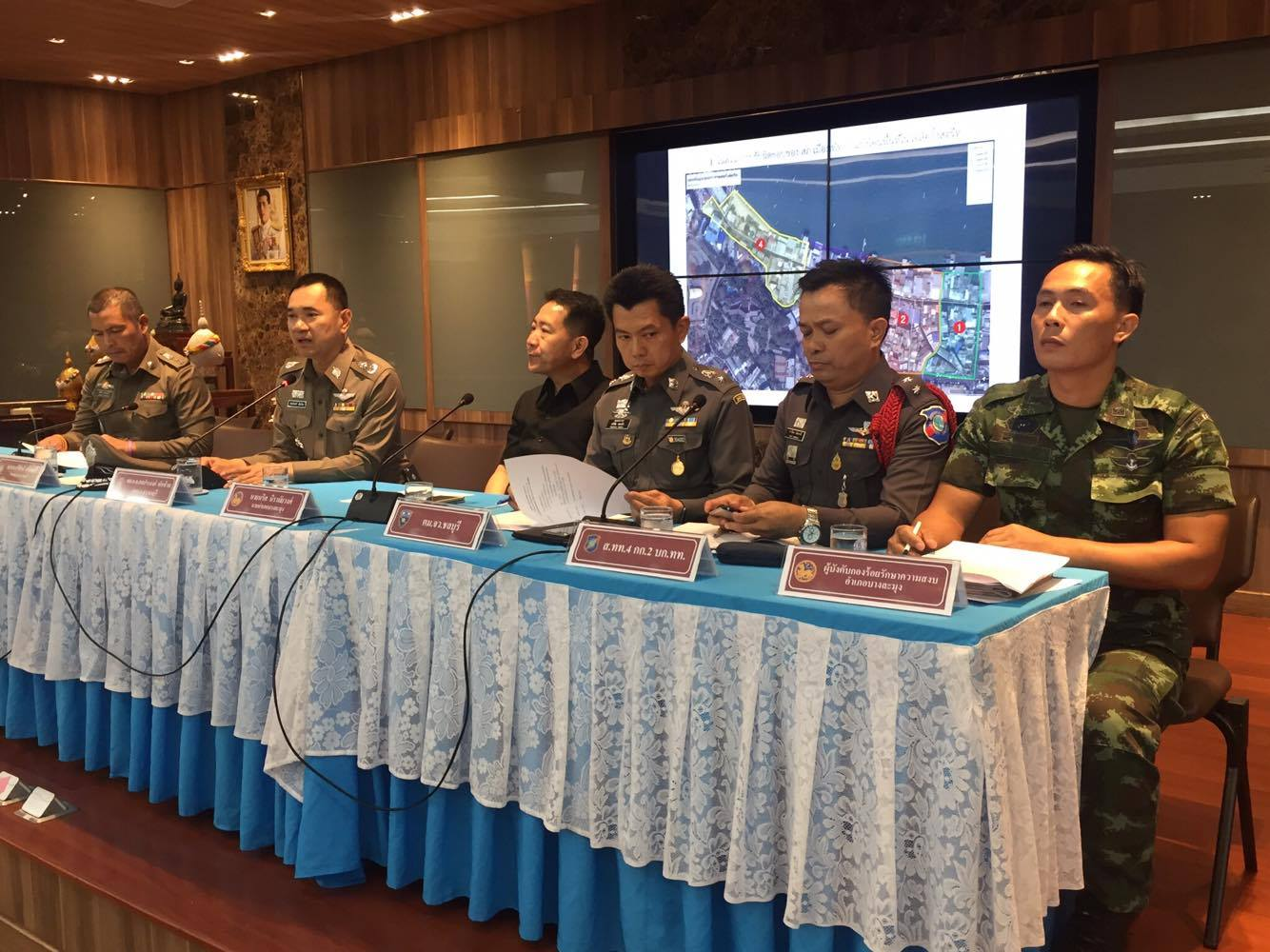 """""""Happy Zone"""" is the answer to resort's woes says top cop at Pattaya crisis meeting on crime and tourism 