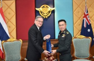 Australian ambassador meets Thai army commander | News by Samui Times