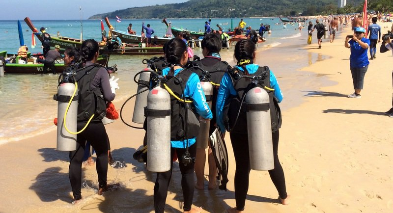 Phuket beach, coral reef cleanup nets 382kg of garbage | Samui Times