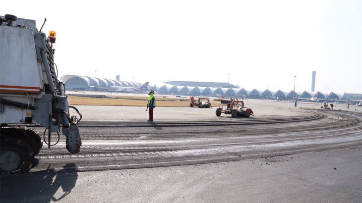 No delays as Suvarnabhumi runway repairs continue – but they have some tasty snacks just in case | Samui Times