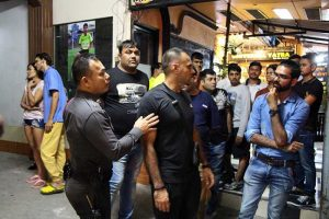 Thai mob hit Indian man in apparent revenge attack | News by Samui Times
