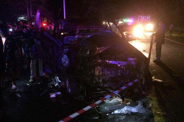 Father and Son from UK Killed in Head-on-Crash with Trailer Truck in Surat Thani | Samui Times
