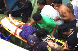 Five tourists injured as