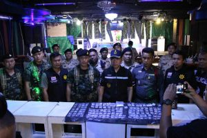 Pattaya district chief finally comes up trumps - raid yields under age drinkers, druggies and a heap of ice | News by Samui Times