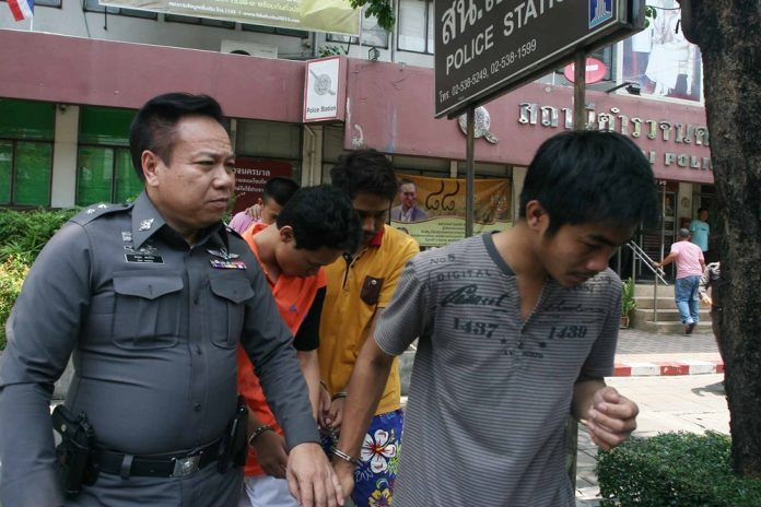 Stoned, cornered and knifed: witness recalls how gang killed disabled man | Samui Times