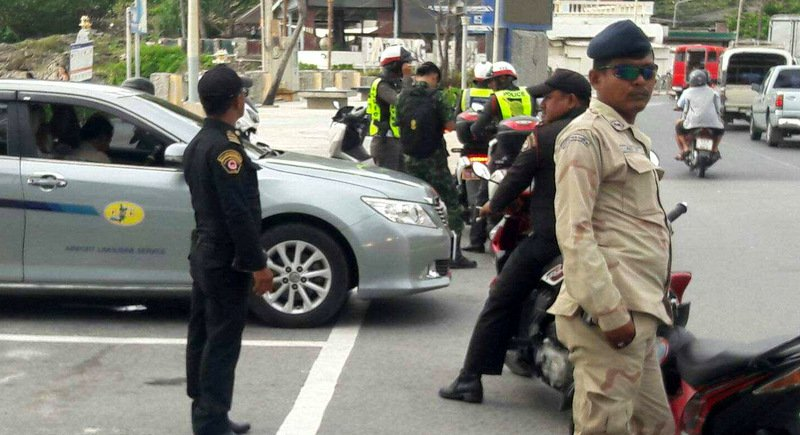 Army opens fire with fines on Patong tuk-tuk, taxi drivers | Samui Times