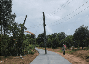 Power pole left in the middle of the road - but nobody mentions it might be dangerous | News by Samui Times